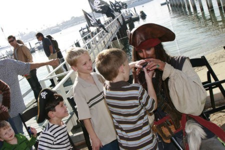 pirate treasure hunt for childrens pirate theme birthday party