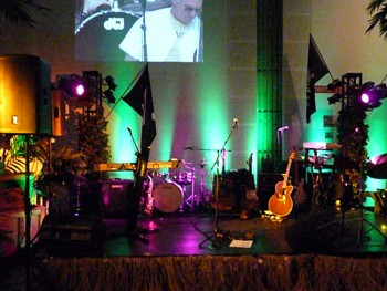 Jimmy Buffett party with stage and projected concert footage